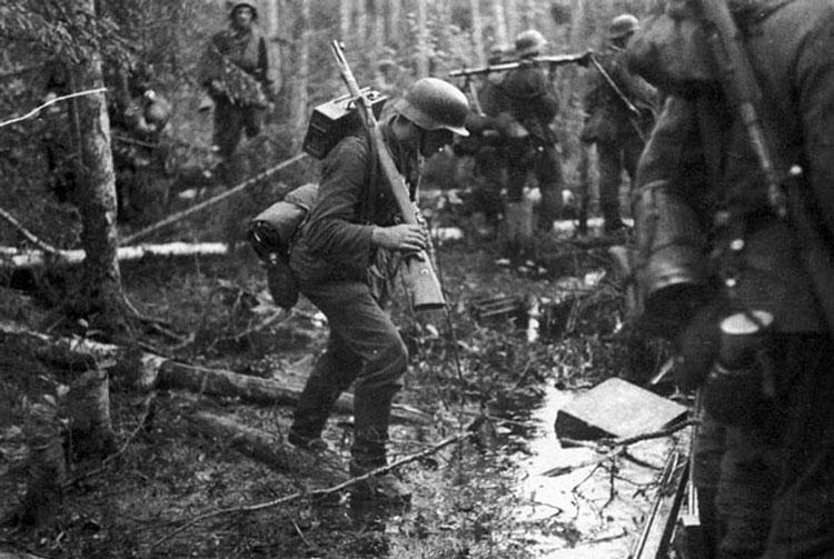 Diverses photos de la WWII - Page 3 19315