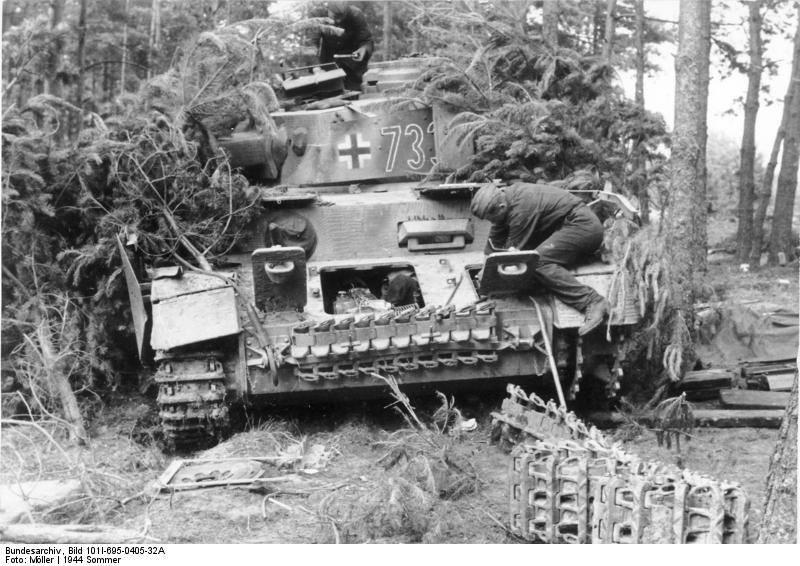 Diverses photos de la WWII - Page 4 20213