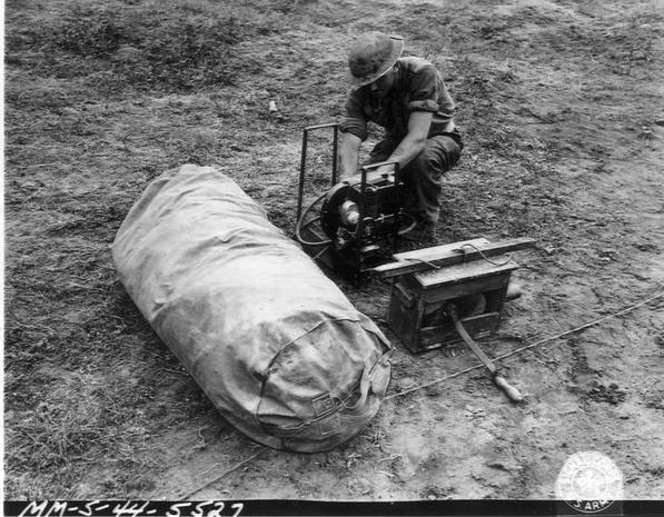 Diverses photos de la WWII - Page 5 20321