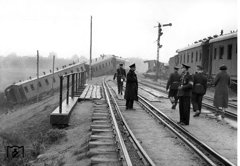 Diverses photos de la WWII - Page 6 2037