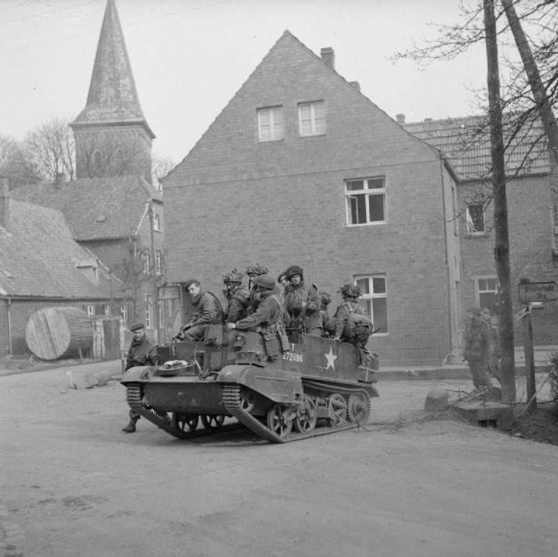 Diverses photos de la WWII - Page 9 2038