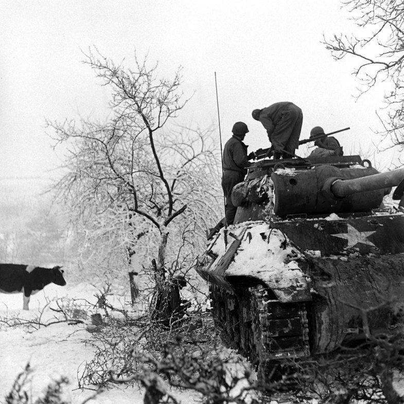 Diverses photos de la WWII - Page 2 2051