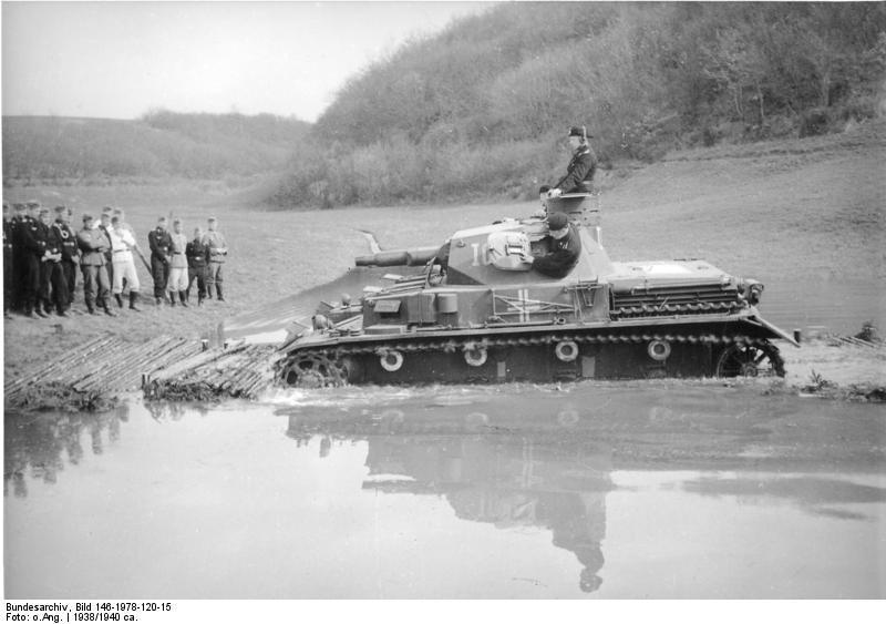 Diverses photos de la WWII - Page 4 20512