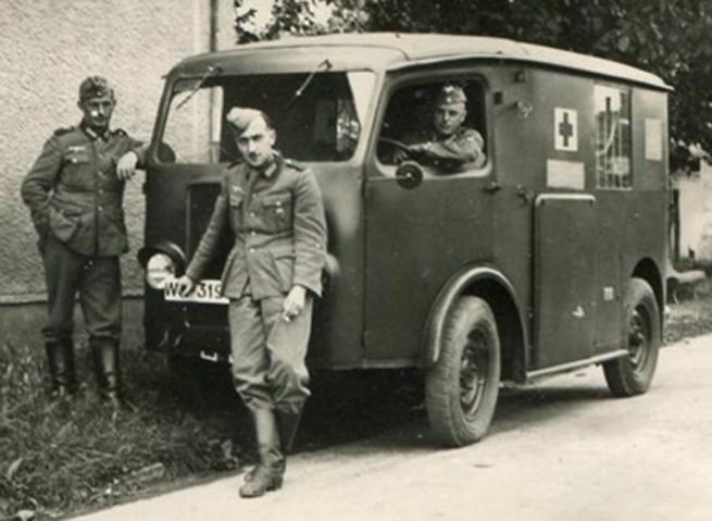 Diverses photos de la WWII - Page 4 20712