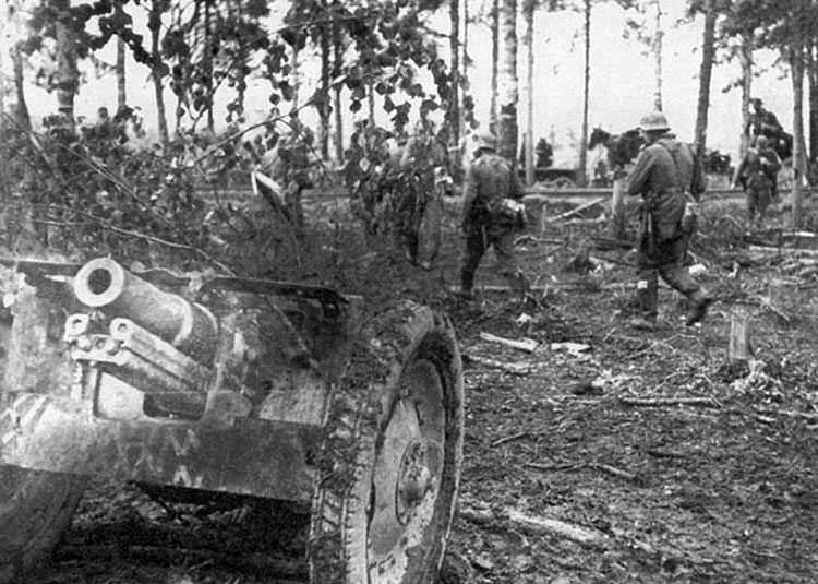 Diverses photos de la WWII - Page 3 20717