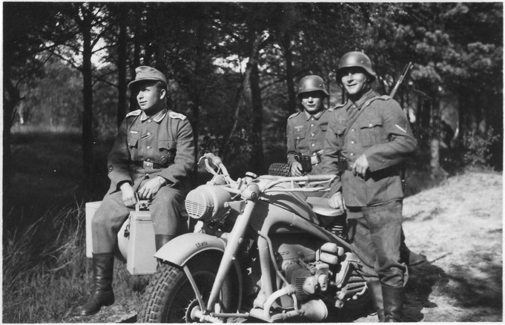 Diverses photos de la WWII - Page 5 20820