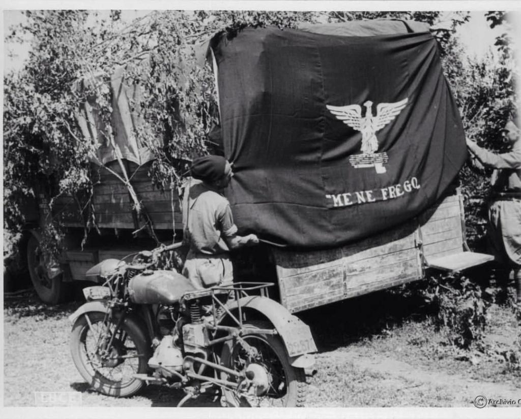 Diverses photos de la WWII (fichier 7) - Page 3 20930