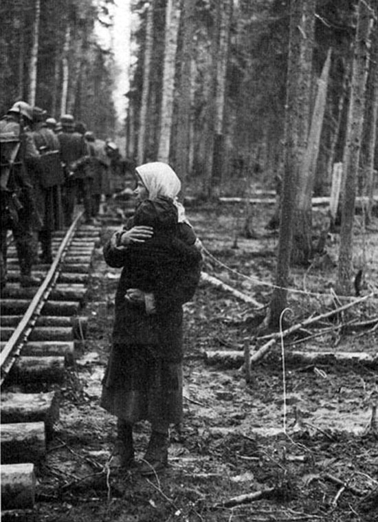 Diverses photos de la WWII - Page 3 21316