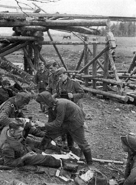 Diverses photos de la WWII - Page 3 21417