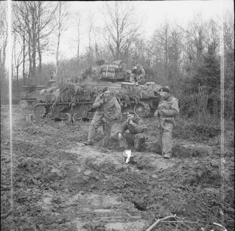 Diverses photos de la WWII - Page 5 21420