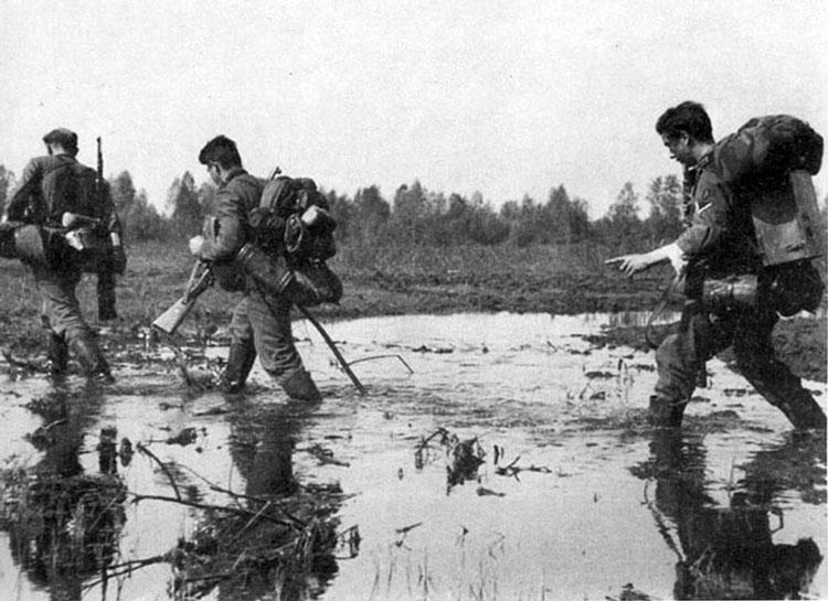 Diverses photos de la WWII - Page 3 21716
