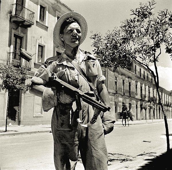 Diverses photos de la WWII - Page 5 21819