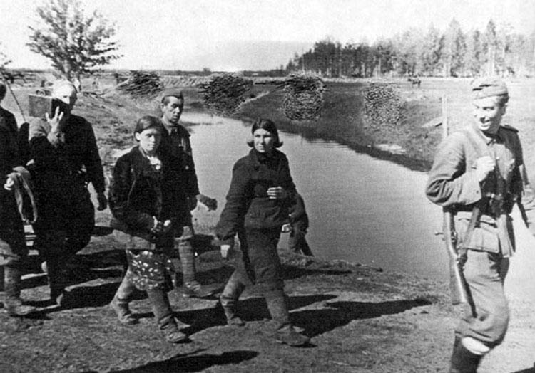 Diverses photos de la WWII - Page 4 22314