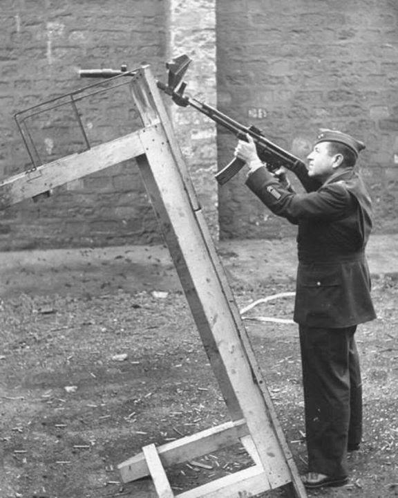Diverses photos de la WWII - Page 5 22418