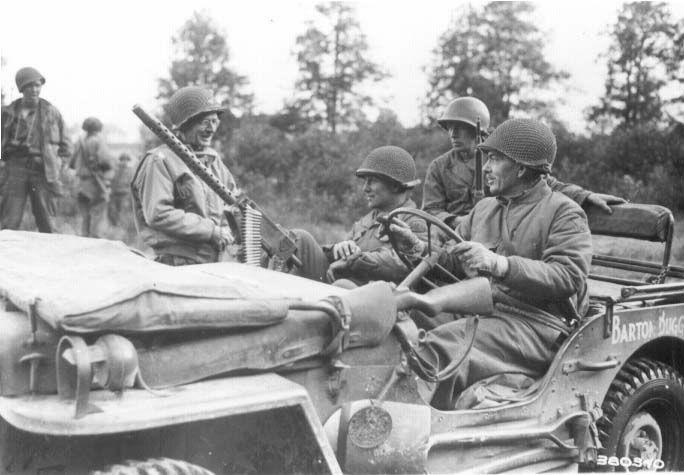 Diverses photos de la WWII - Page 5 22917