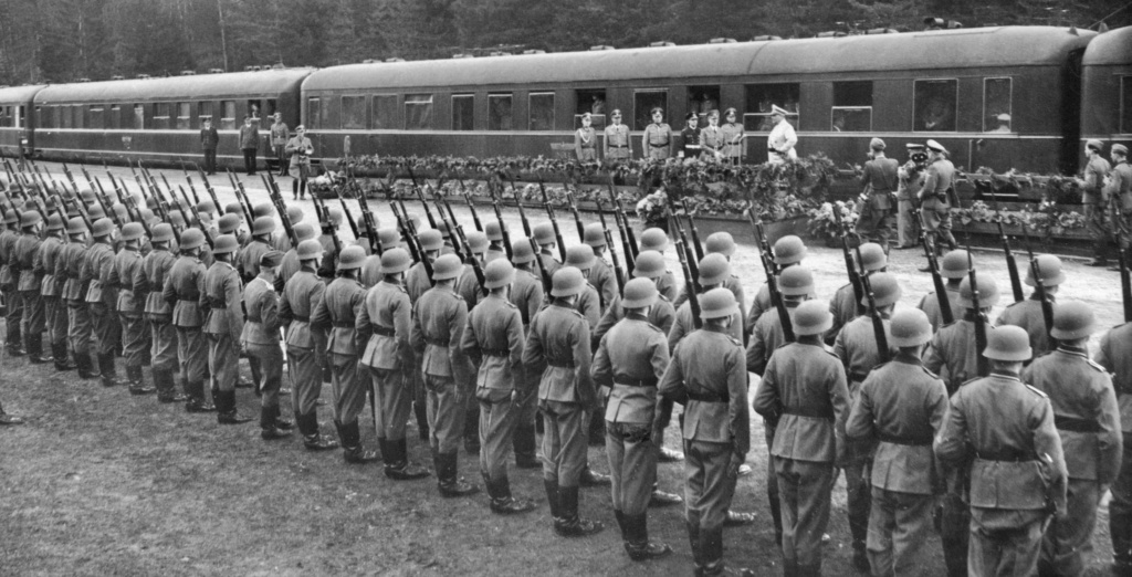 Diverses photos de la WWII - Page 6 2331