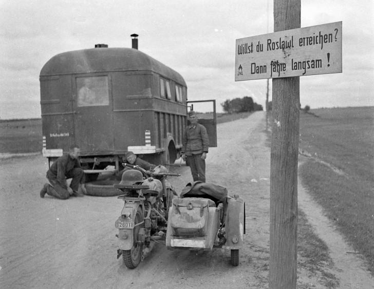 Diverses photos de la WWII - Page 5 23510