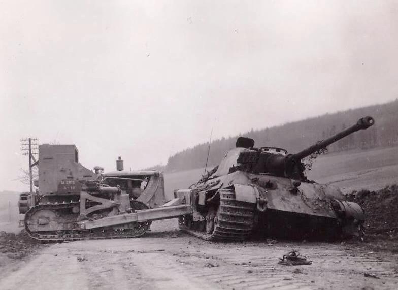 Diverses photos de la WWII - Page 4 23610