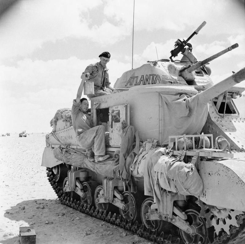 Diverses photos de la WWII - Page 4 24110