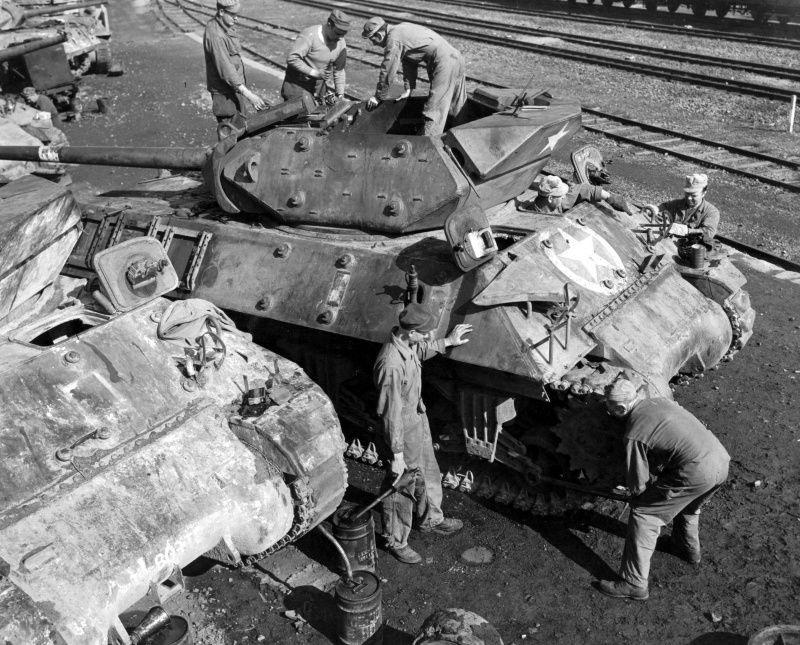 Diverses photos de la WWII - Page 5 24217