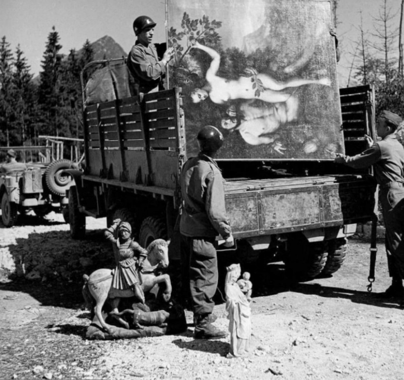 Diverses photos de la WWII - Page 9 2431