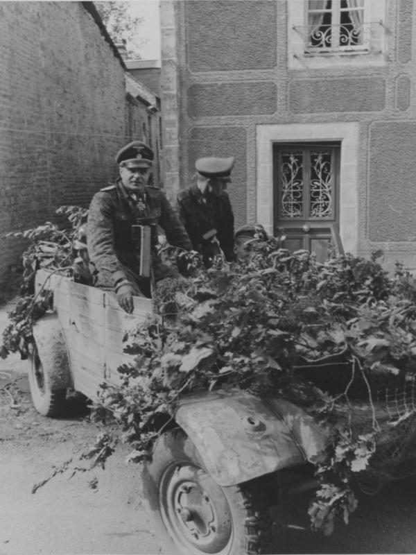 Diverses photos de la WWII - Page 4 24310