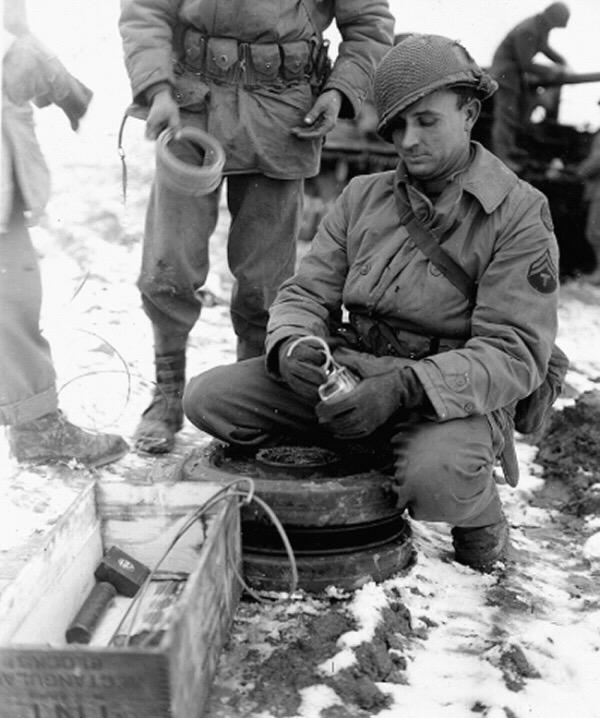 Diverses photos de la WWII - Page 5 24315