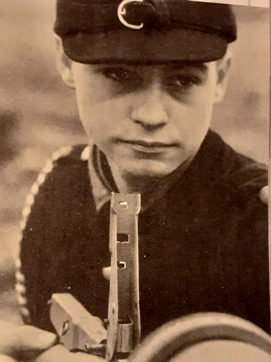 Diverses photos de la WWII - Page 40 2448