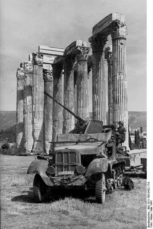 Diverses photos de la WWII - Page 37 24721