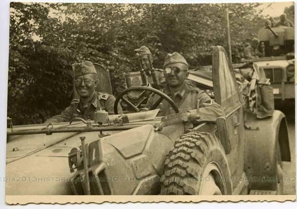 Diverses photos de la WWII - Page 4 24911