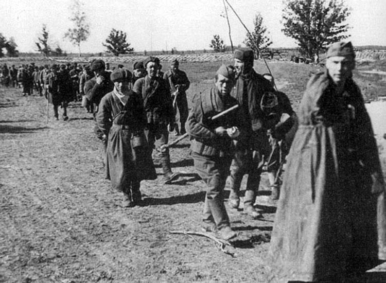 Diverses photos de la WWII - Page 4 24913