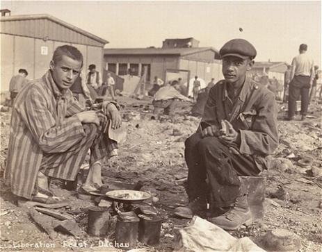 Diverses photos de la WWII - Page 37 25023