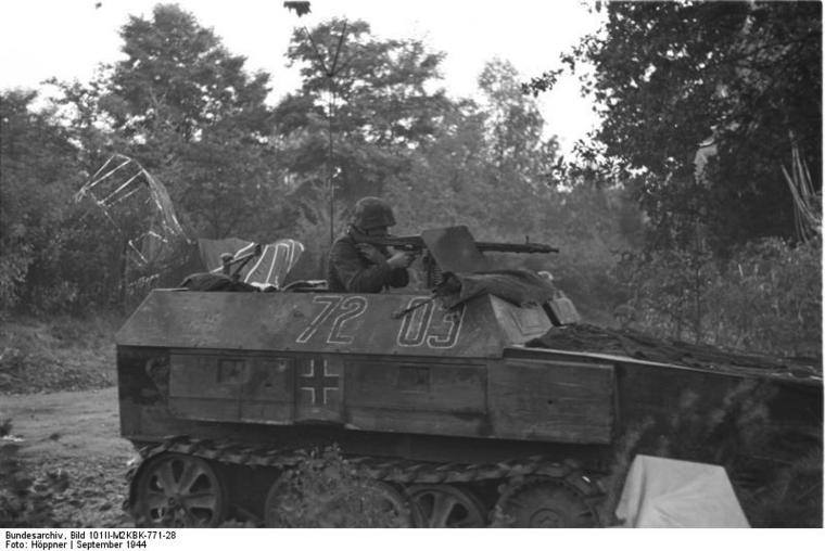 Diverses photos de la WWII - Page 4 25111