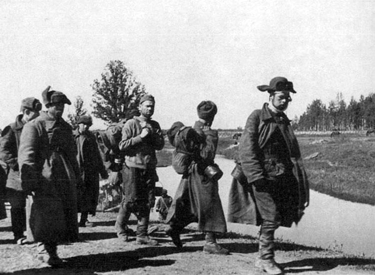 Diverses photos de la WWII - Page 4 25213