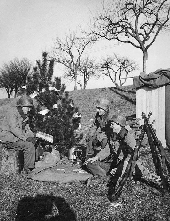 Diverses photos de la WWII - Page 6 25316