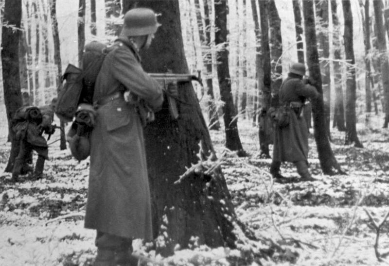 Diverses photos de la WWII - Page 37 25322