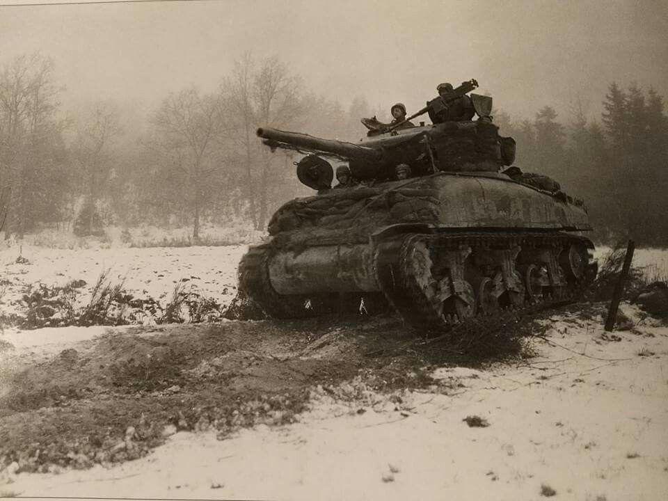 Diverses photos de la WWII - Page 6 25516