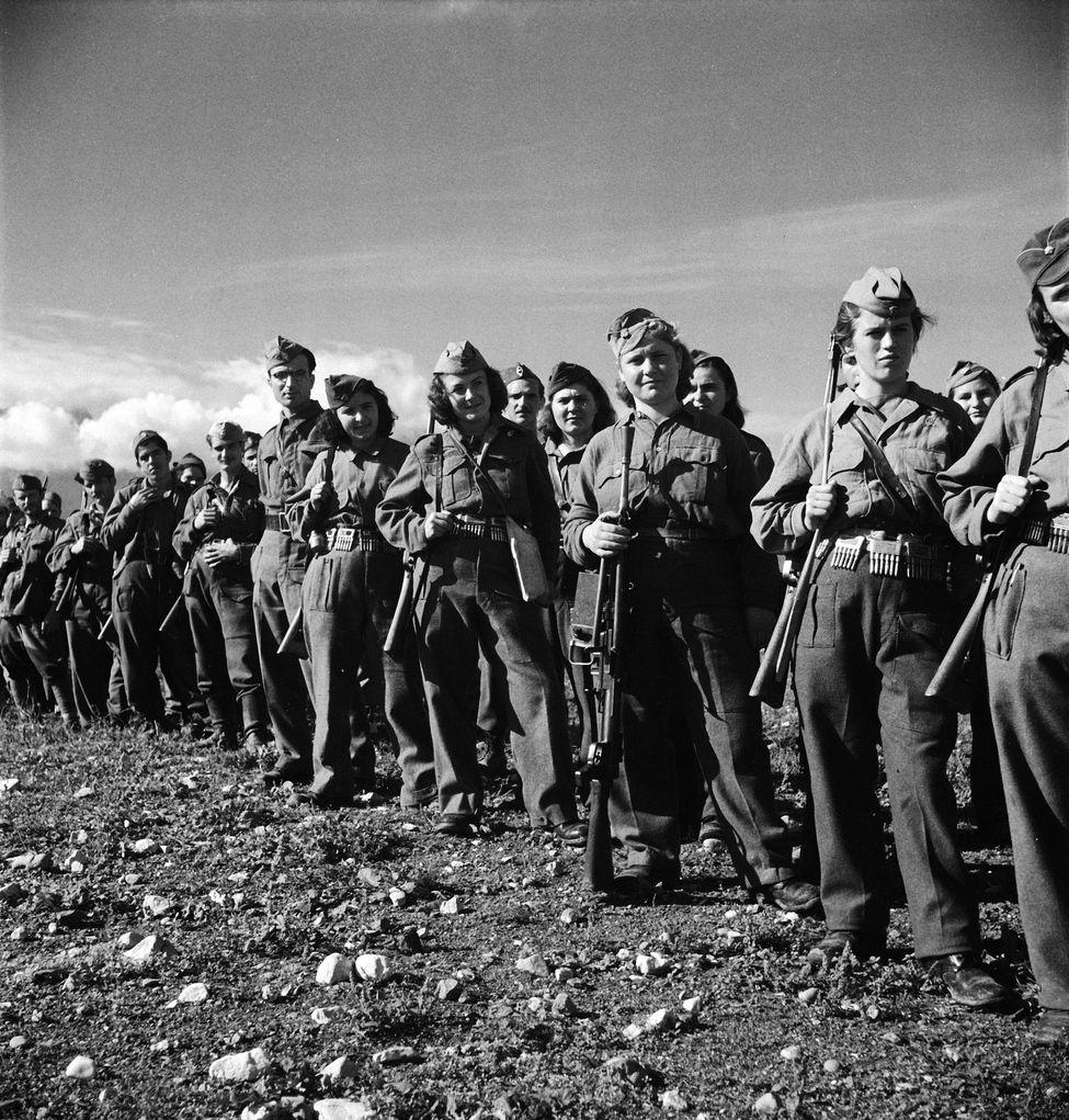 Diverses photos de la WWII - Page 37 25523