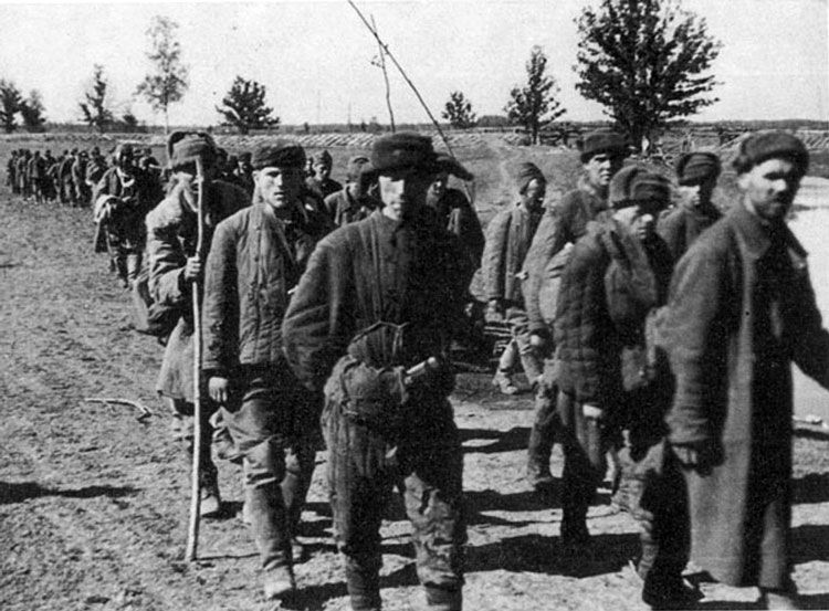 Diverses photos de la WWII - Page 4 25613