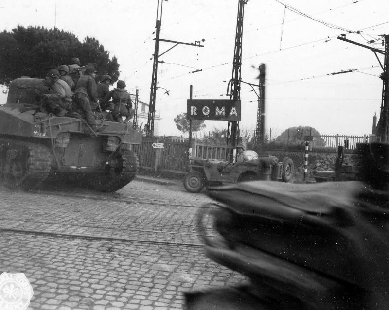 Diverses photos de la WWII - Page 4 25911