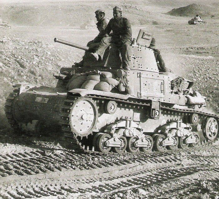 Diverses photos de la WWII - Page 6 26216