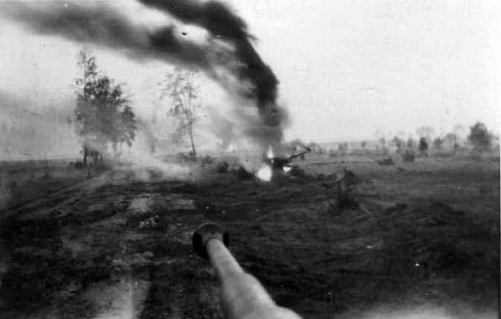 Diverses photos de la WWII - Page 37 26222