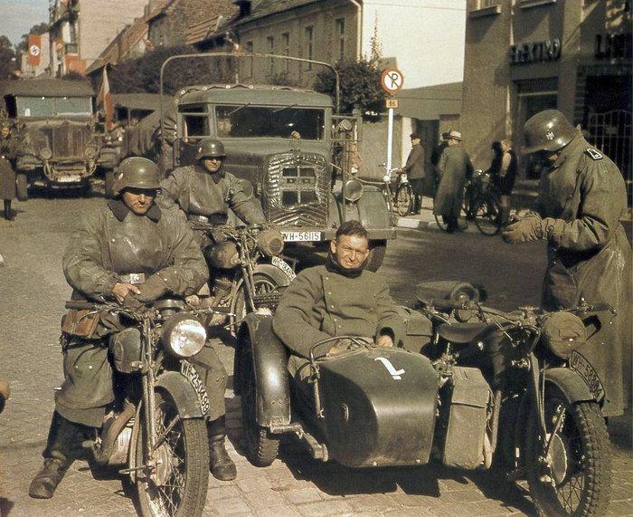 Diverses photos de la WWII - Page 9 2631