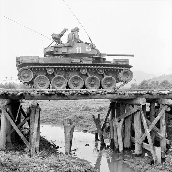 Diverses photos de la WWII - Page 2 2644