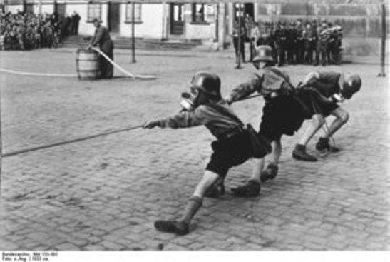 Diverses photos de la WWII - Page 40 2649
