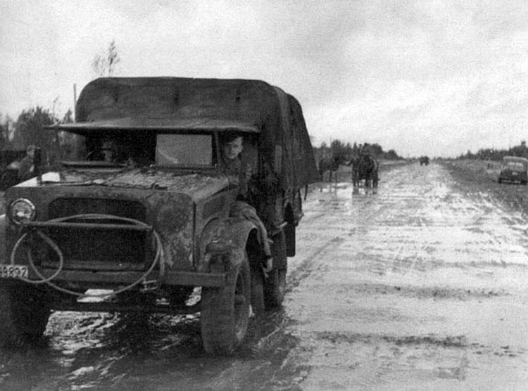 Diverses photos de la WWII - Page 4 26513