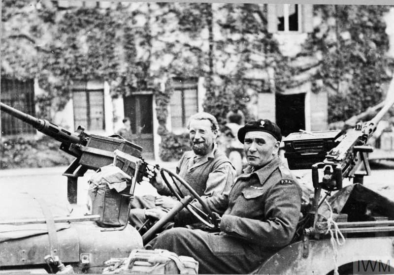 Diverses photos de la WWII - Page 37 2658