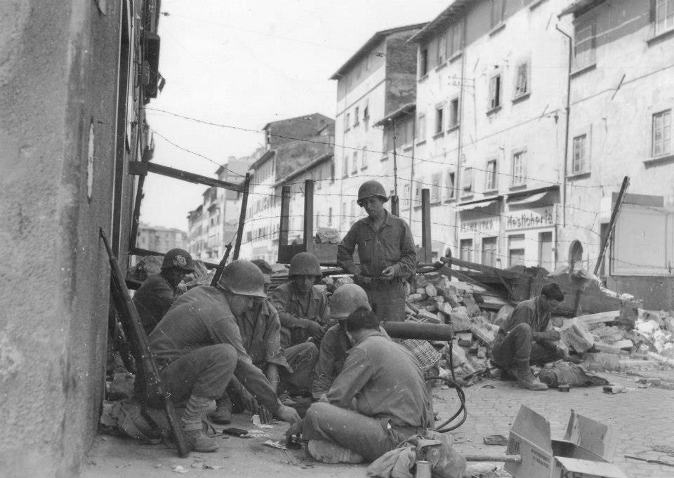 Diverses photos de la WWII - Page 6 26616