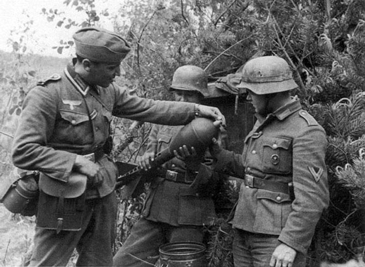 Diverses photos de la WWII - Page 4 26713