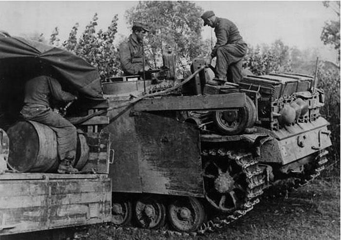 Diverses photos de la WWII - Page 4 26811